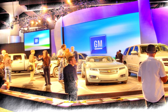 GM Makes Friends with Car Hackers